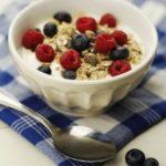 yogurt with granola and fruit